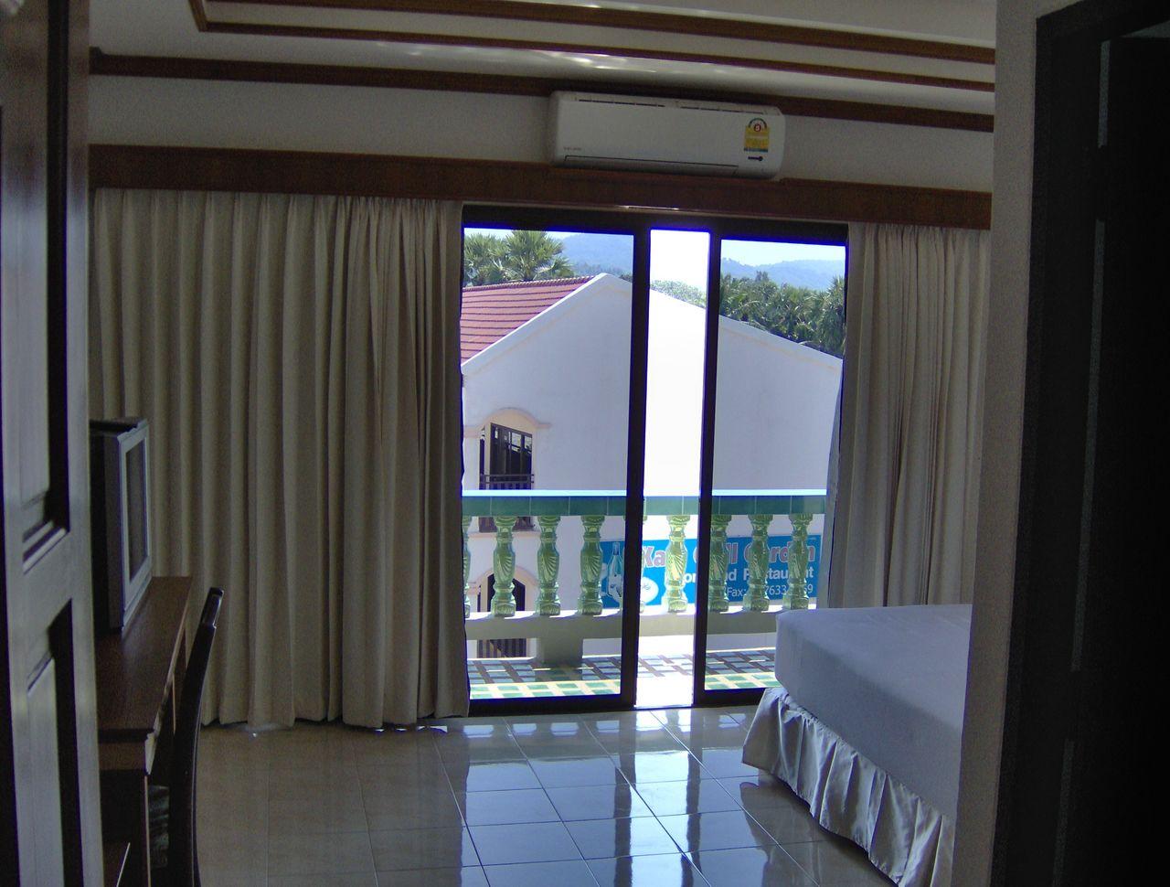 Dormire a phuket spendendo poco sulla spiaggia di kata su for Dormire a phuket